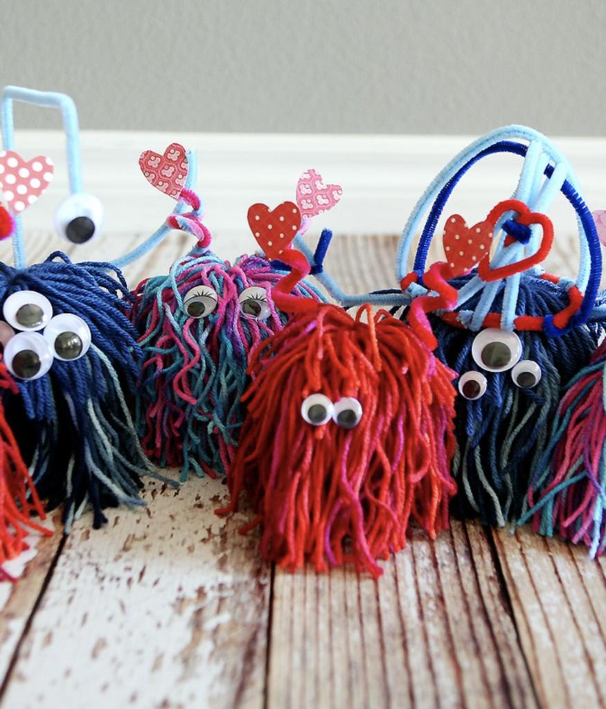 valentine yarn monsters